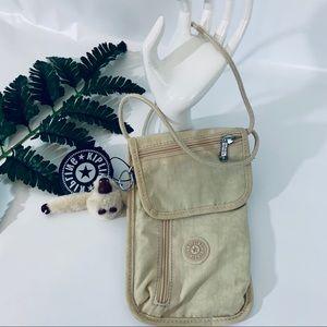 Kipling Travel bag beige NWT